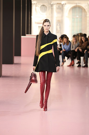 Black and yellow wool organic coat.Dior Fall 2015 collection.
