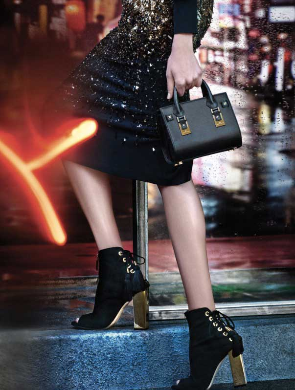 Shoes and bag just for sophisticated glam lovers.Photographer: Giampaolo Sgura